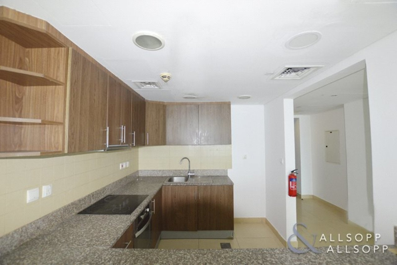 apartment-withdrawn-in-almas-tower-dubai-DUB130782-view3
