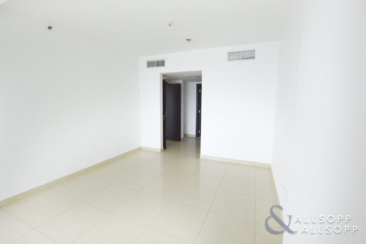 apartment-withdrawn-in-almas-tower-dubai-DUB130782-view5