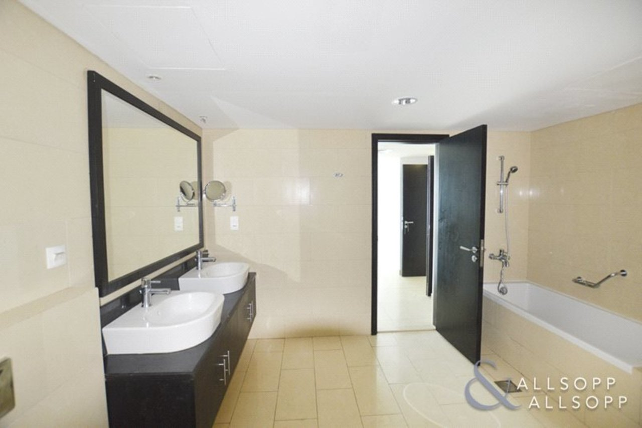 apartment-withdrawn-in-almas-tower-dubai-DUB130782-view6