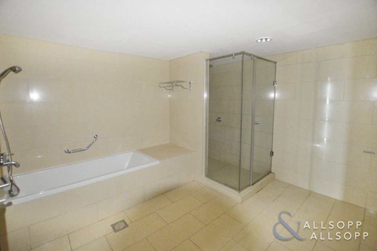 apartment-withdrawn-in-almas-tower-dubai-DUB130782-view7