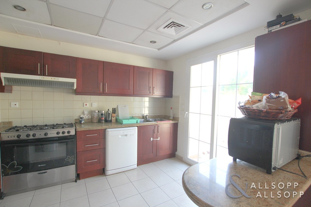 villa-let-in-al-reem-dubai-DUB134721-view3