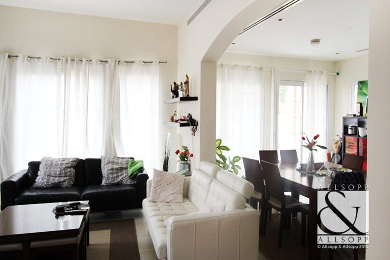 villa-to-rent-in-jvt--jumeirah-village-triangle-dubai-DUB140021-view5