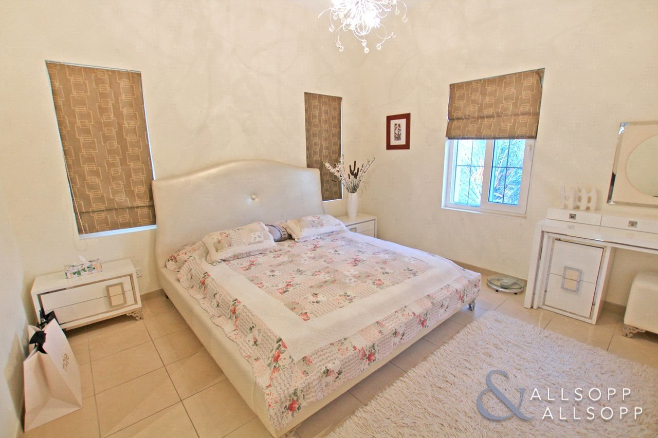 villa-for-sale-in-alvorada-dubai-DUB180018-view10