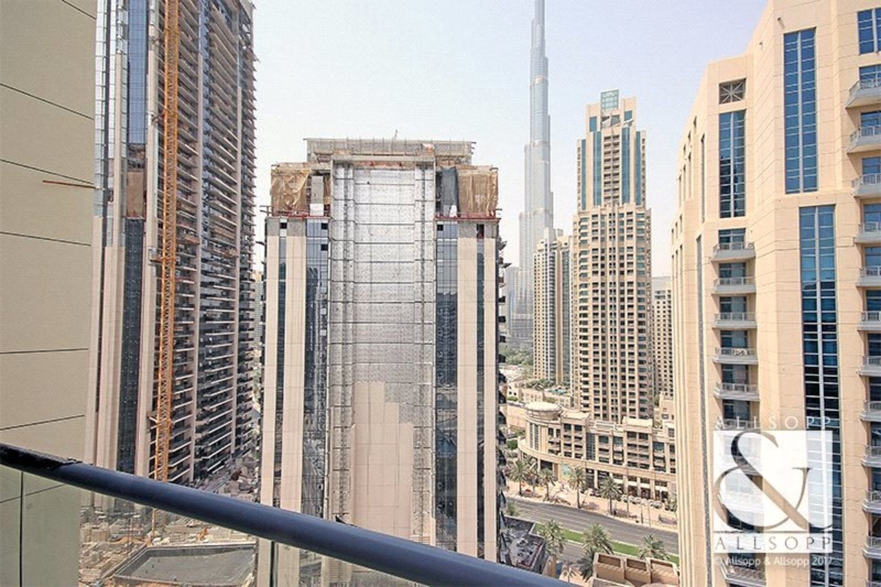 apartment-to-rent-in-bahwan-tower-downtown-dubai-PJM181030-view4