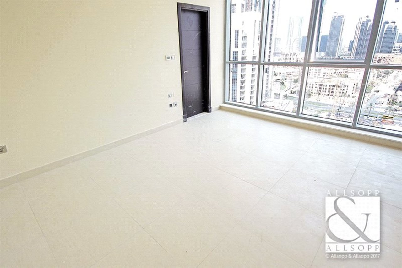 apartment-to-rent-in-bahwan-tower-downtown-dubai-PJM181030-view8