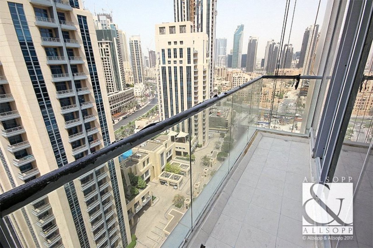 apartment-to-rent-in-bahwan-tower-downtown-dubai-PJM181030-view1
