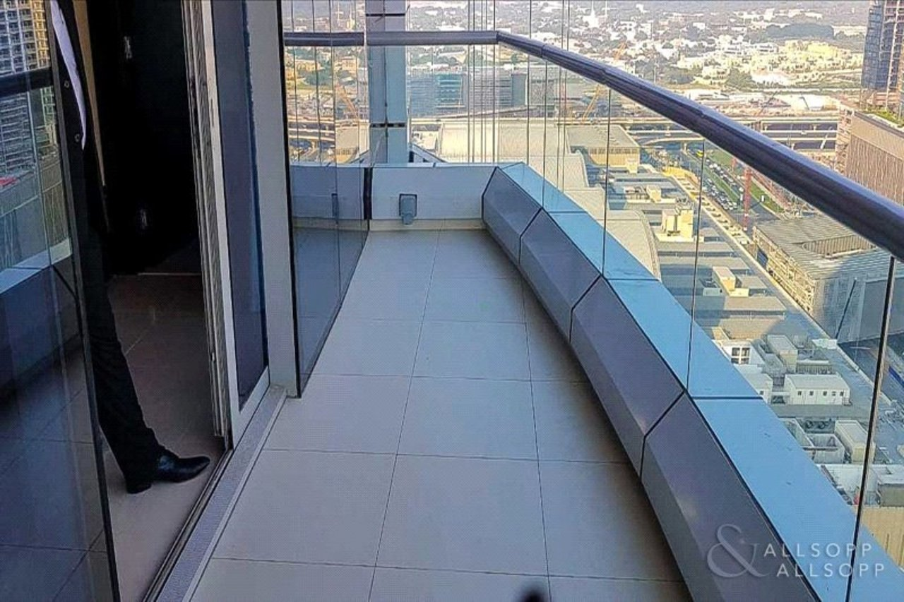 apartment-to-rent-in-the-address-mall-hotel-dubai-PJM182460-view2