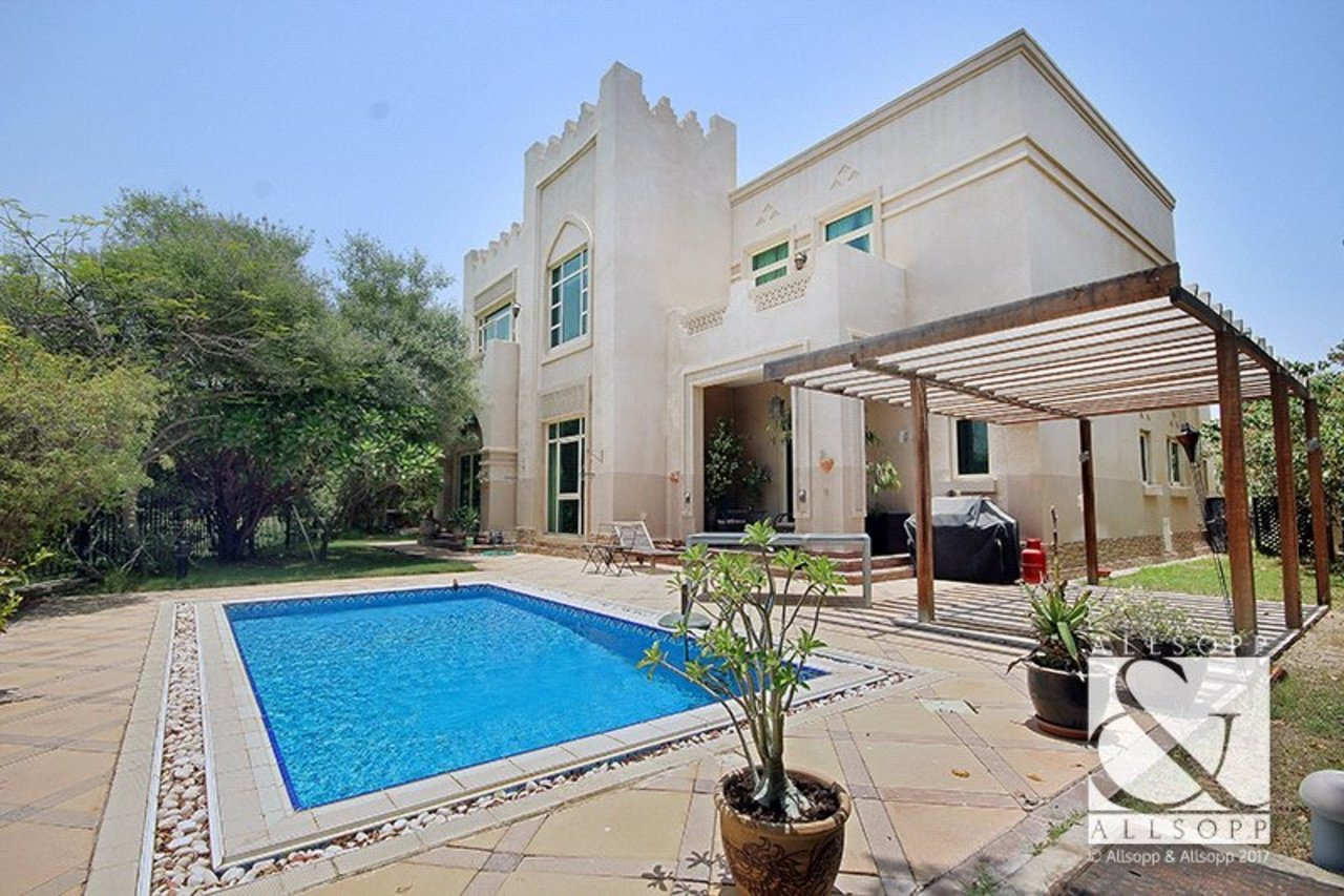 villa-to-rent-in-islamic-clusters-dubai-SUP140993-view1