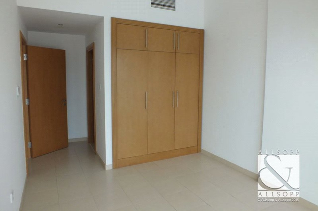 apartment-to-rent-in-mayfair-tower-dubai-SUP141340-view9