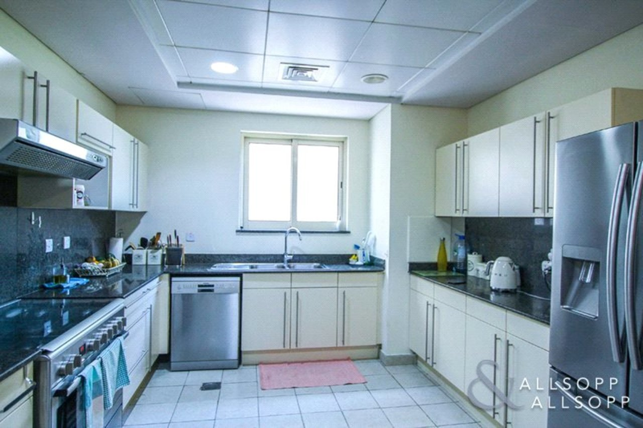villa-to-rent-in-european-clusters-dubai-SUP142505-view6