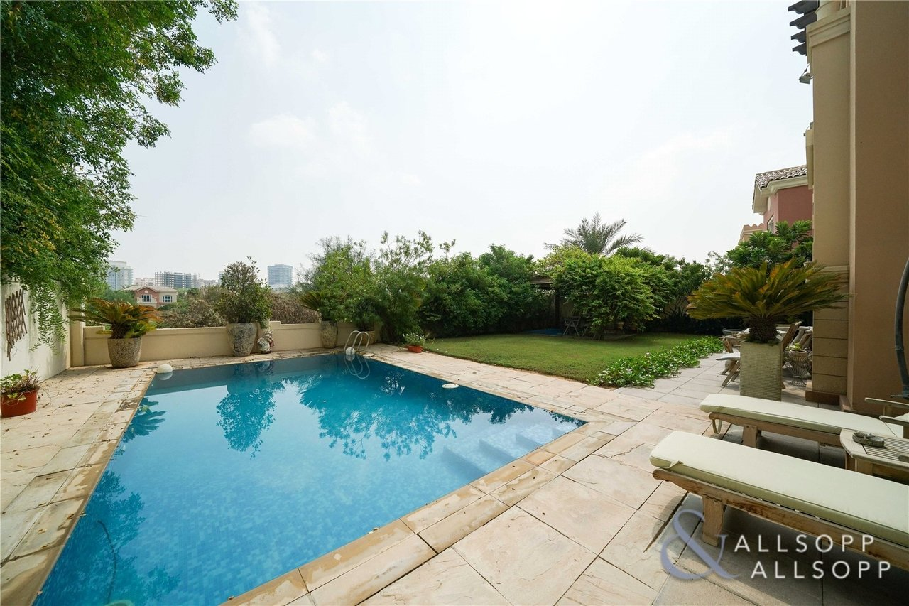 villa-withdrawn-in-carmen-dubai-SUP151108-view4