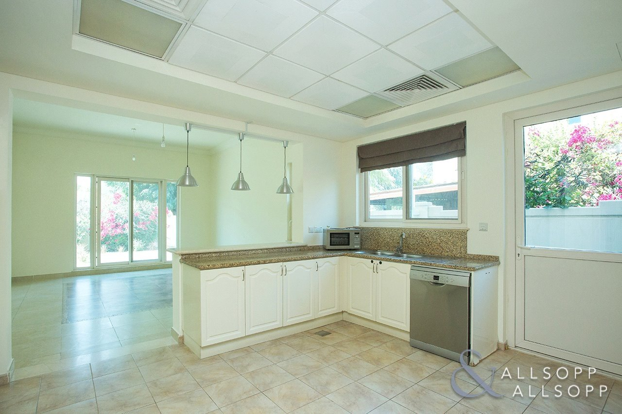villa-withdrawn-in-carmen-dubai-SUP151108-view12