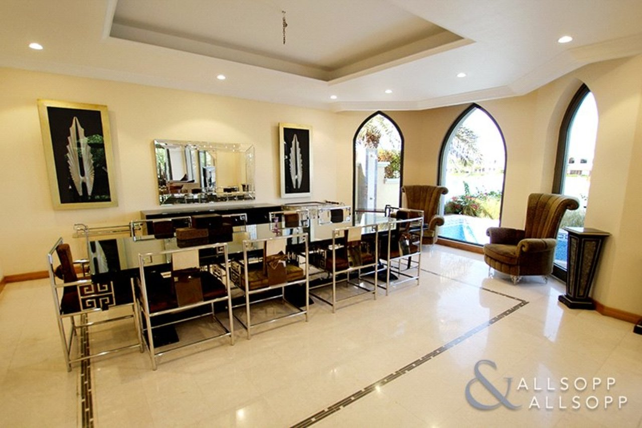 villa-for-sale-in-garden-home-dubai-SUP172013-view15