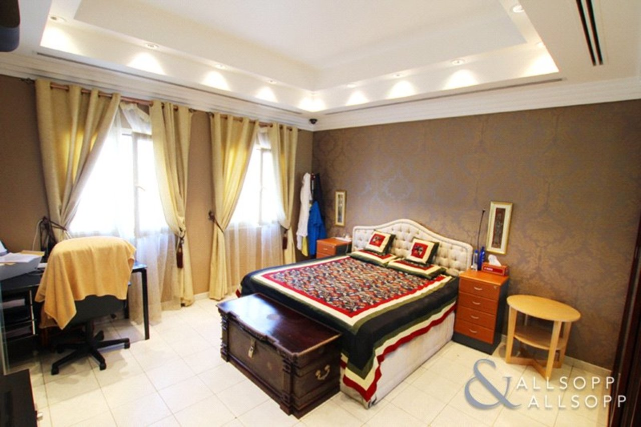 villa-withdrawn-in-meadows-7-dubai-SUP176329-view8