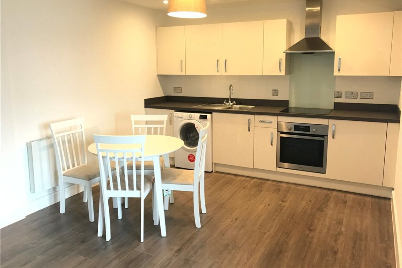 apartment-to-rent-in-coventry-city-centre-uk-CLT170078-view1