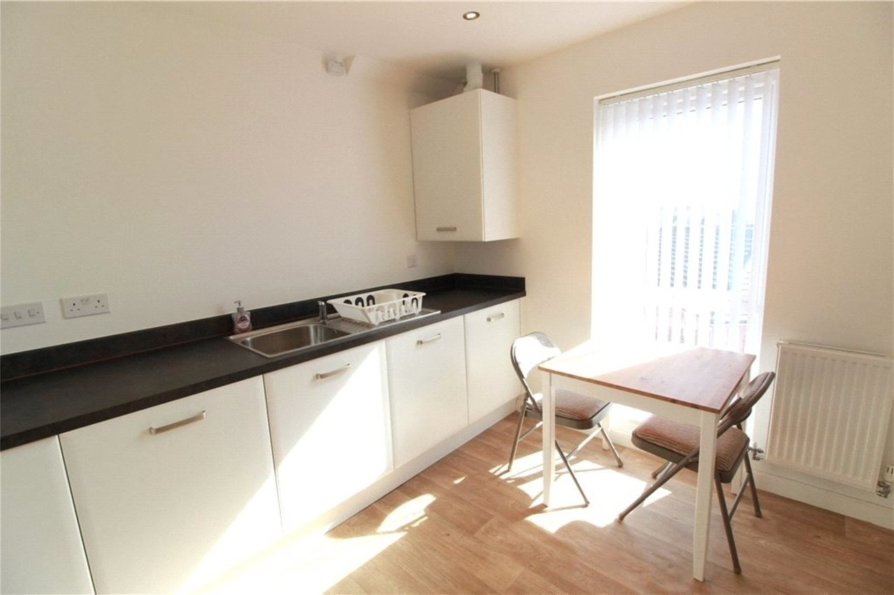 apartment--in-coventry-city-centre-uk-CLT190313-view9
