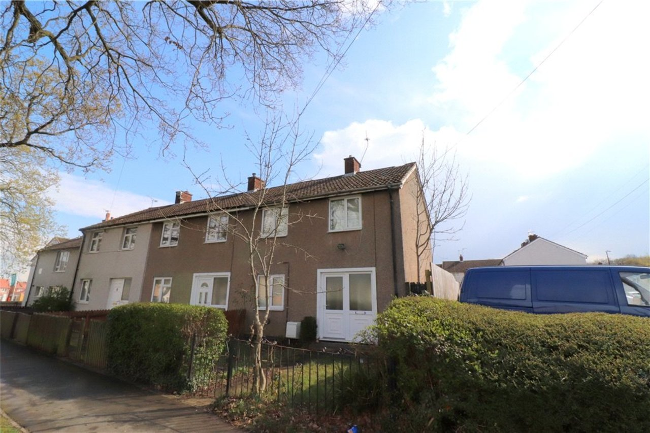 house-sold-in-willenhall-uk-COV190117-view1