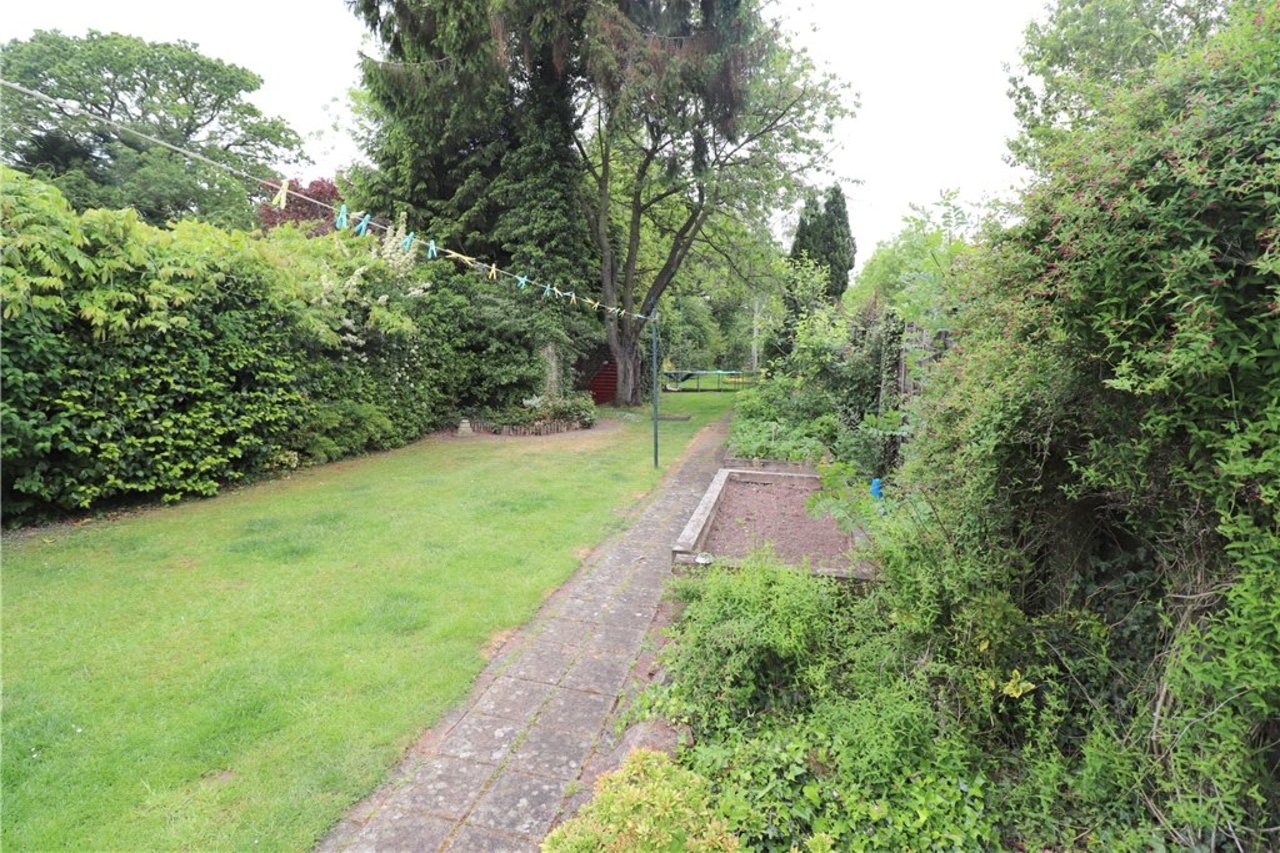 house-for-sale-in-binley-woods-uk-COV190184-view13