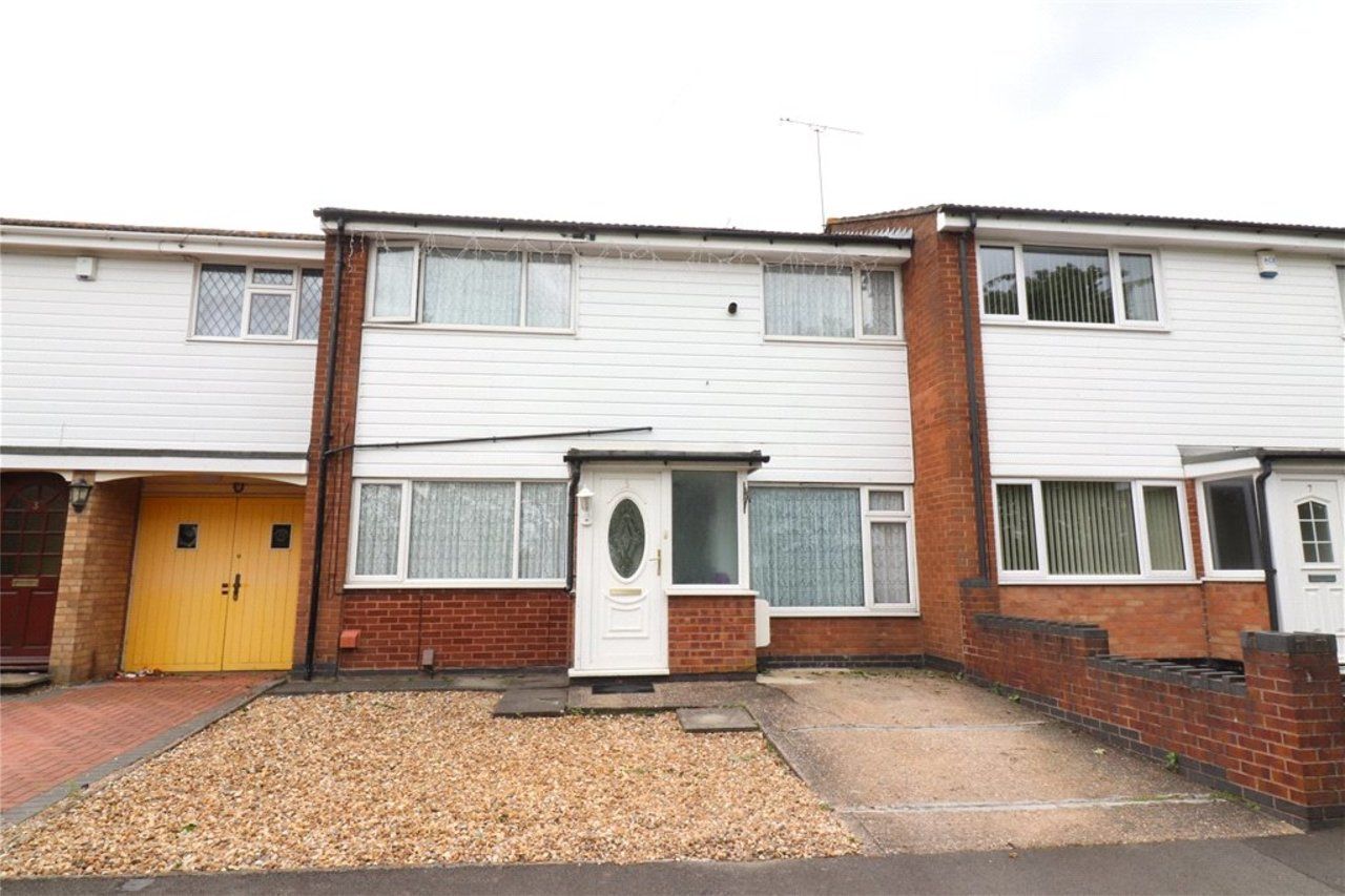 house-sold-in-longford-uk-COV190536-view1