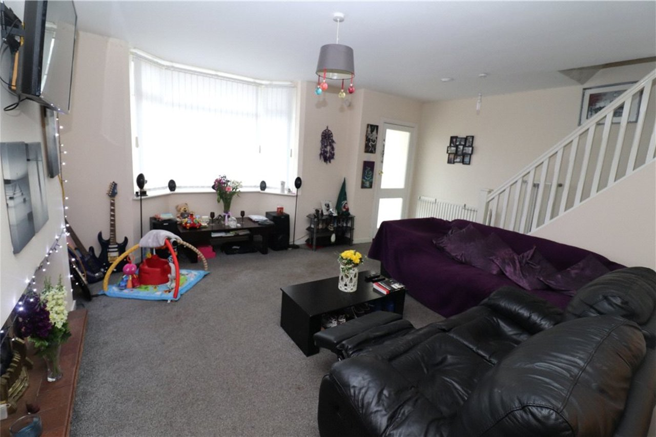 house-sold-in-holbrooks-uk-COV190695-view3