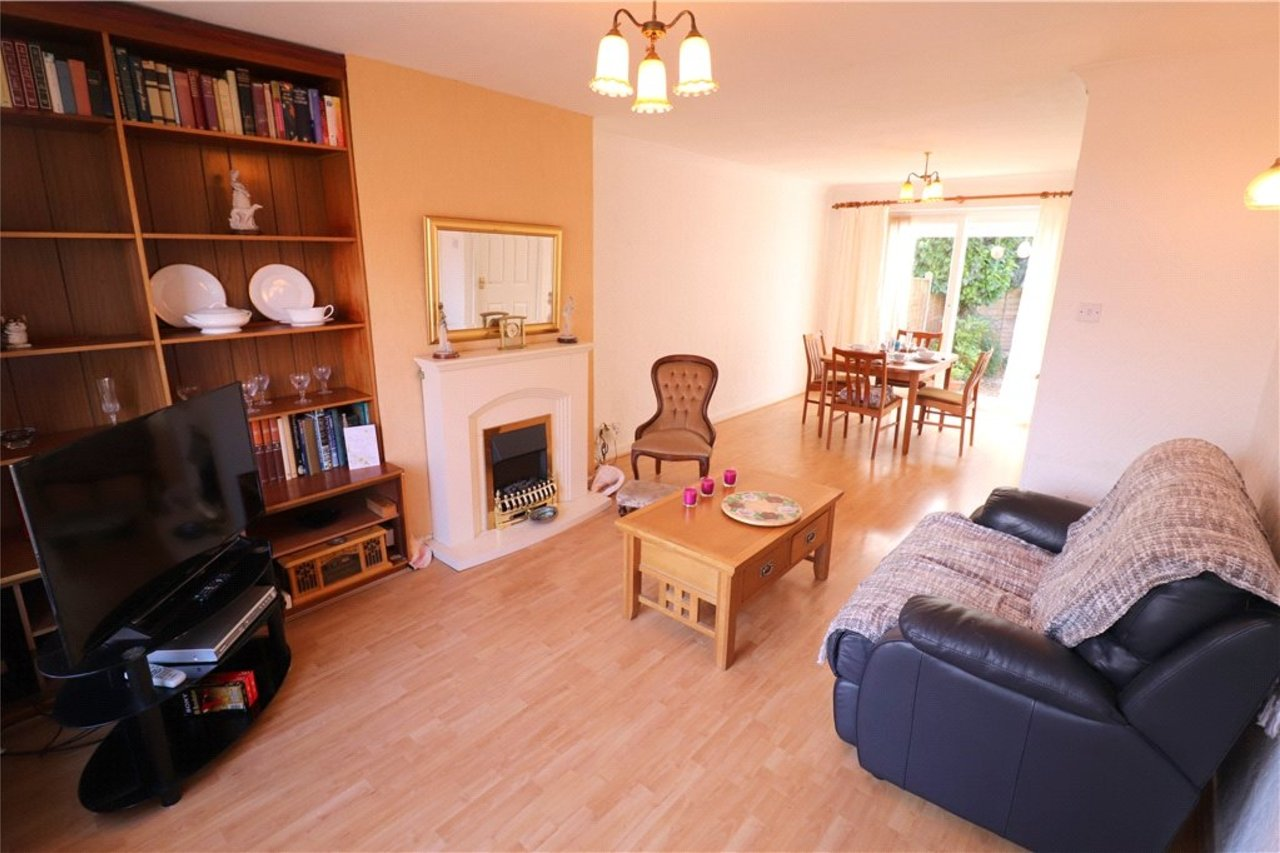 house-sold-in-aldermans-green-uk-COV190745-view2