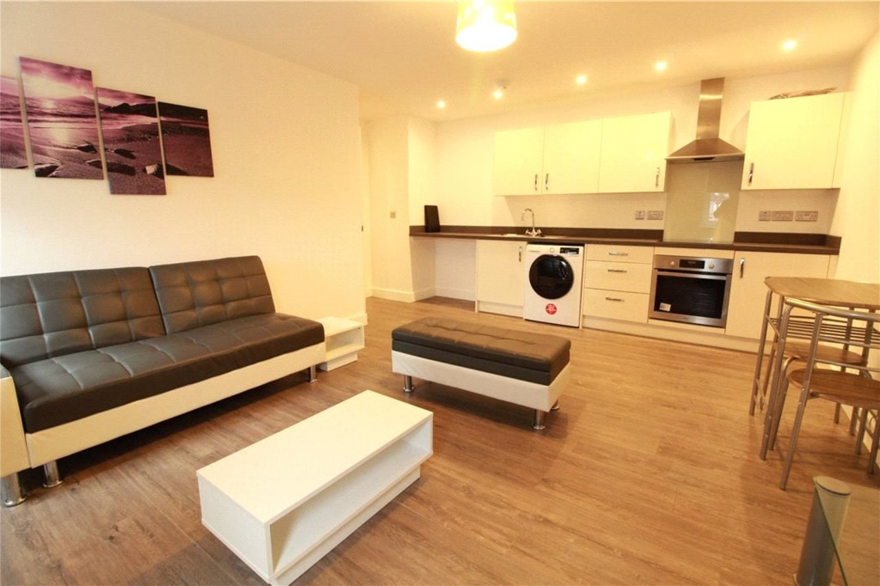 apartment-for-sale-in-coventry-city-centre-uk-COV200054-view2