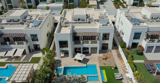 real-estate-brokers-6-bed-villa-for-sale-in-dubai-district-one-mohammed-bin-rashid-city-allsoppandallsopp-dubai